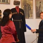 Журналисты телеканала Россия в музее Дома Адыга2.JPG